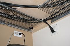 comment organiser les c bles et les dissimuler s 39 organiser c 39 est facile. Black Bedroom Furniture Sets. Home Design Ideas