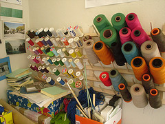 Comment ranger mes bobines de fil for Boite a couture rascol