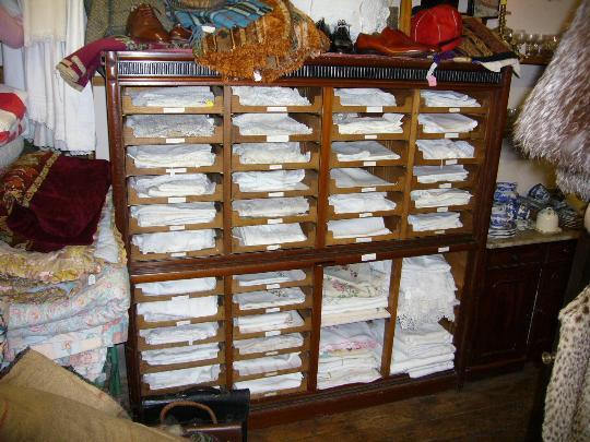 Comment ranger nappes et serviettes s 39 organiser c 39 est - Comment ranger les chaussures ...